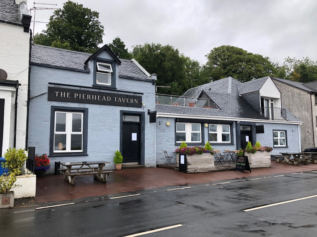 Pierhead Tavern (PHT)